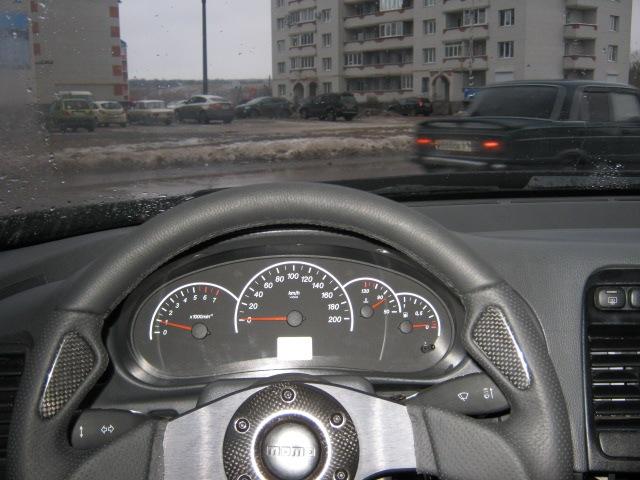 Спортиный руль momo Peugeot